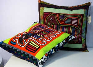 pillows 2 molas